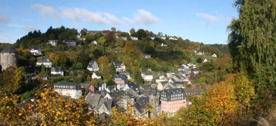 Ueber-den-Daechern-von-Monschau-Monschauer-Erlebni-dd059c6009dff5ddd92abd402fa55e31